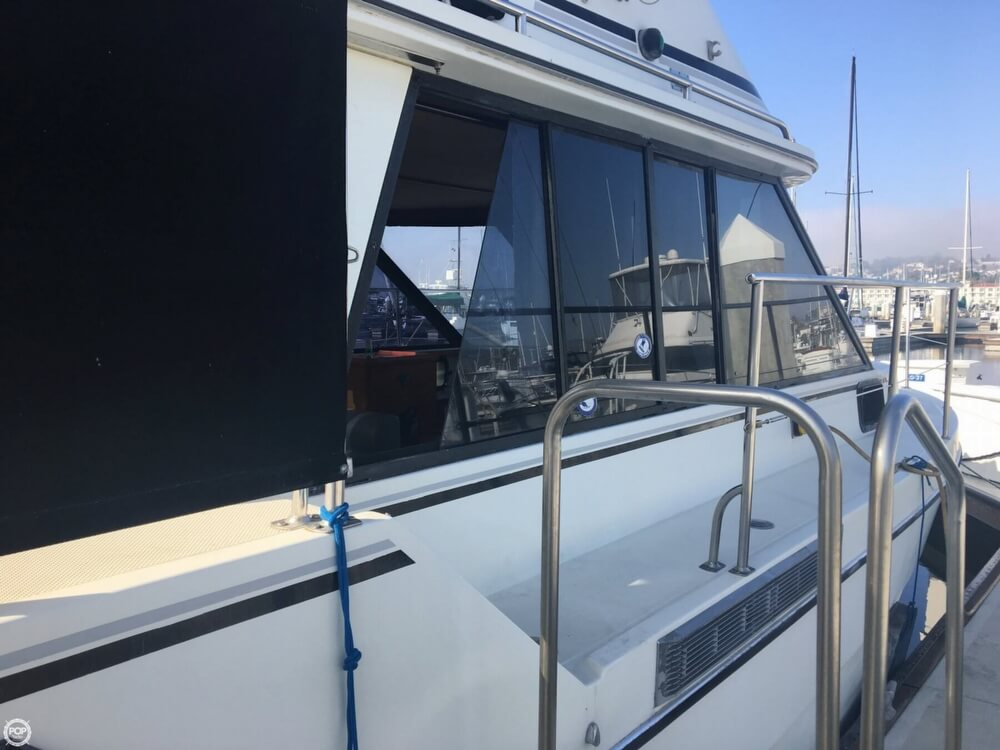 1989 Cooper Marine boat for sale, model of the boat is Prowler Sundeck 320 & Image # 36 of 40