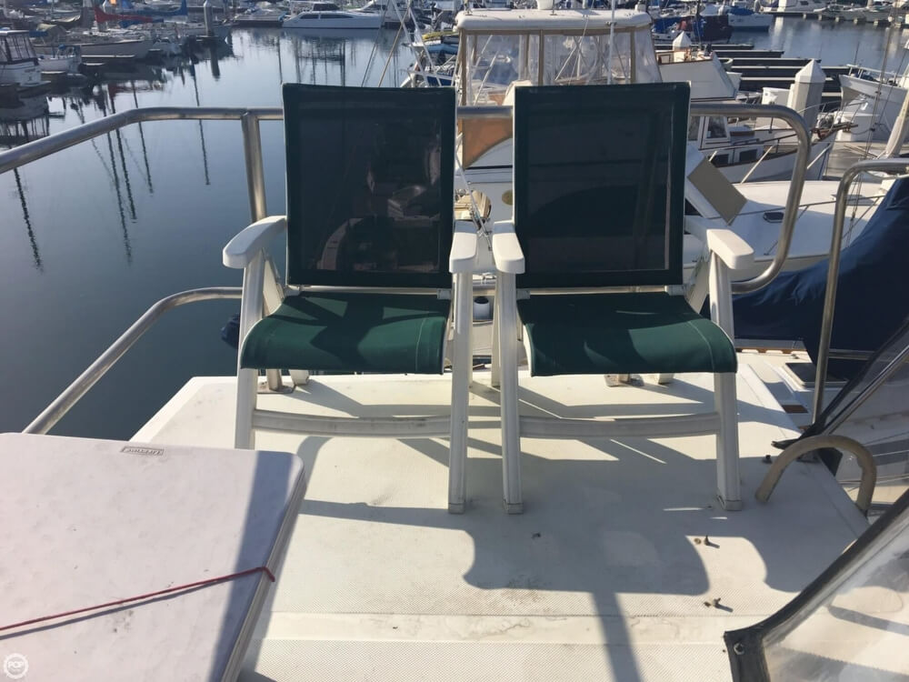1989 Cooper Marine boat for sale, model of the boat is Prowler Sundeck 320 & Image # 13 of 40