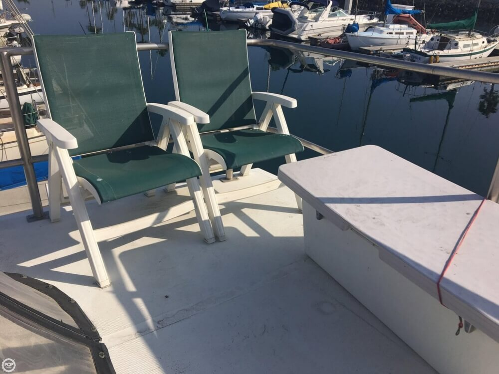 1989 Cooper Marine boat for sale, model of the boat is Prowler Sundeck 320 & Image # 14 of 40