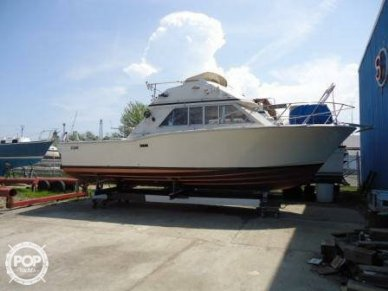 Chris-Craft 30, 30', for sale - $15,000