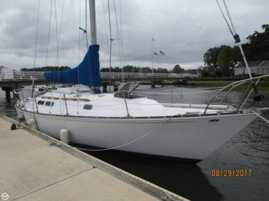 C & C Yachts 35 Mark II, 35', for sale - $19,975