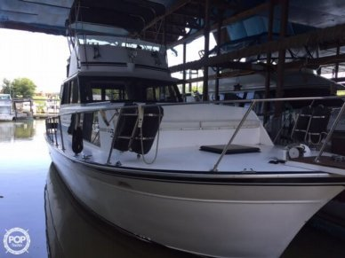 Marinette 32, 32', for sale - $31,000