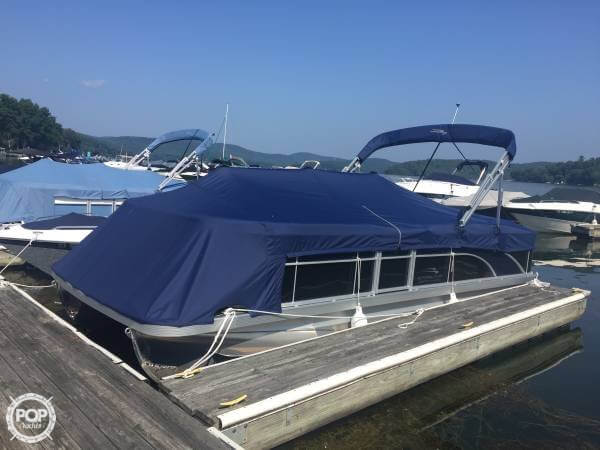 2017 Bennington boat for sale, model of the boat is 22 SSX & Image # 3 of 41