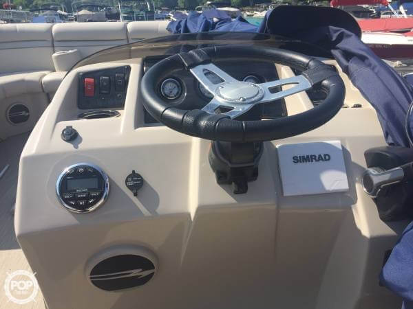 2017 Bennington boat for sale, model of the boat is 22 SSX & Image # 5 of 41