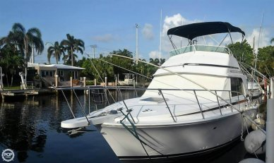 Bertram 33, 32', for sale - $41,900