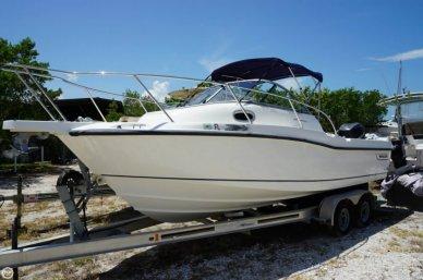 Boston Whaler 235 Conquest, 25', for sale - $39,000