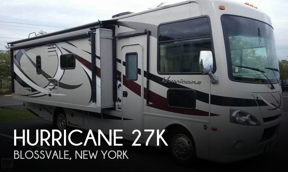 2014 Thor Motor Coach Hurricane 27K