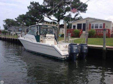 Pursuit 3070 Offshore, 31', for sale - $74,900