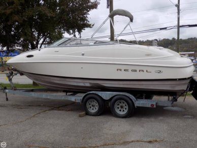 Regal 2350 LSC, 29', for sale - $17,500