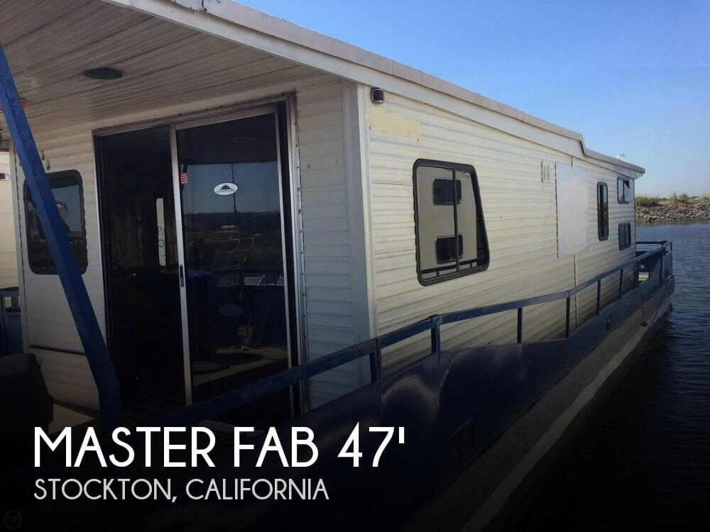 Used Houseboats For Sale in California by owner | 1982 Master Fabricators 47