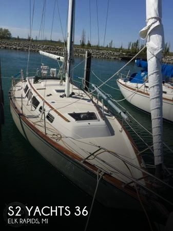 Used Sailboats For Sale in Michigan by owner   1985 S2 Yachts 36