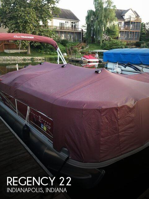 Used Pontoon Boats For Sale in Indiana by owner | 2014 Regency 22
