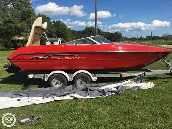 2000 STINGRAY 22 for sale