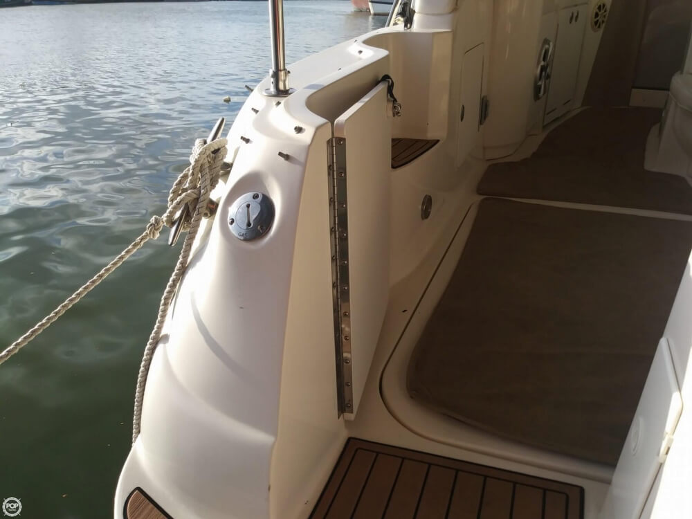 2002 Sea Ray boat for sale, model of the boat is 340 Sundancer & Image # 35 of 40