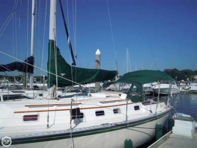 Caliber 33, 32', for sale - $44,900