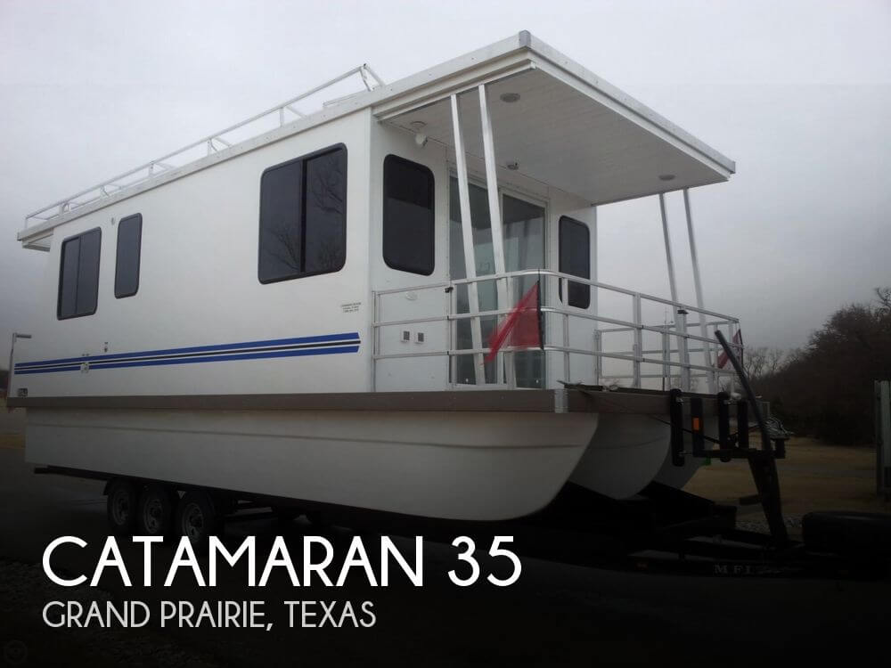 Used Houseboats For Sale in Texas by owner | 2013 Catamaran Cruisers 35