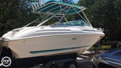 Sea Ray 215 Express Cruiser, 22', for sale - $17,500