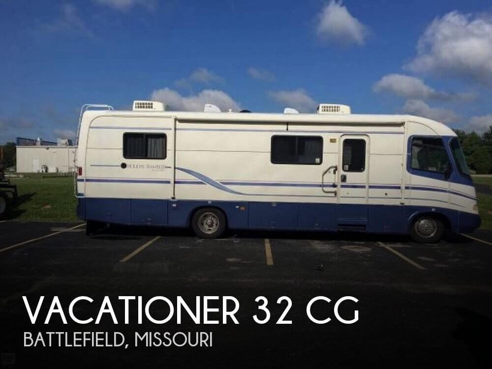1997 Holiday Rambler Vacationer 32 CG