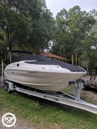 Sea Ray 240 Sundeck, 26', for sale - $48,900
