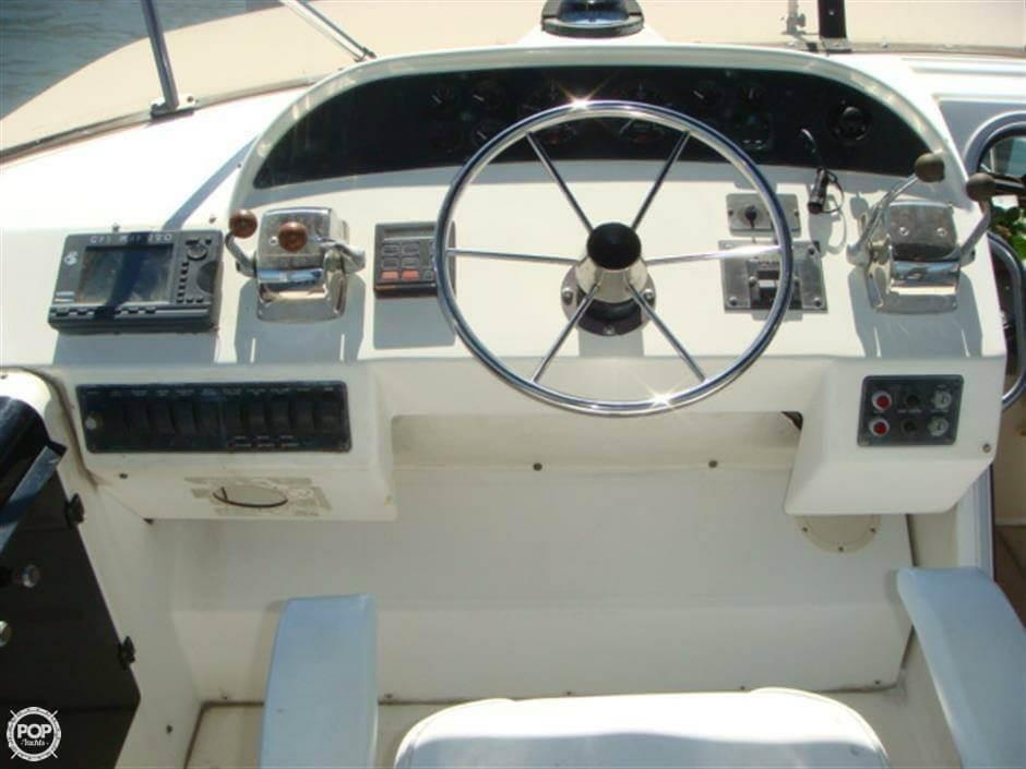 1994 Bayliner 47 - image 16