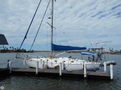 Endeavor 37, 37', for sale - $30,000
