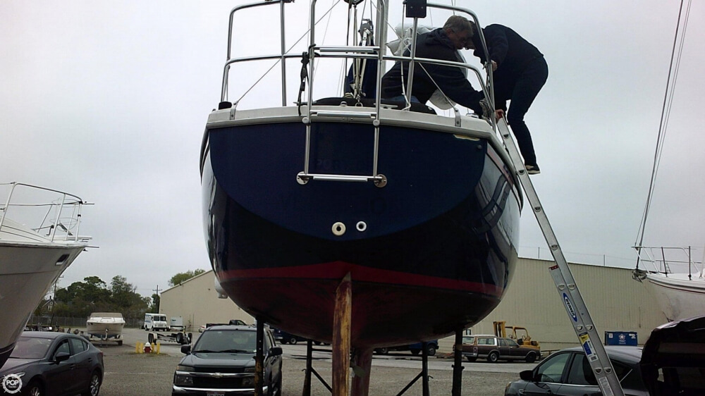 1979 Catalina Yachts boat for sale, model of the boat is 30 & Image # 2 of 40
