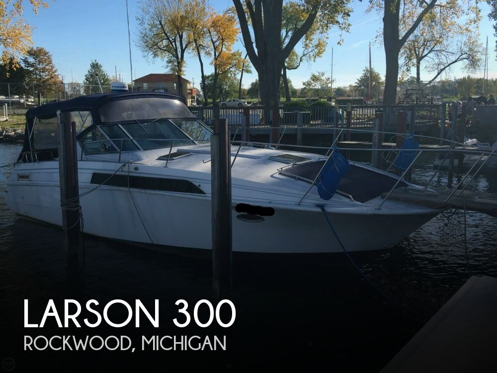 1988 Larson boat for sale, model of the boat is Contempra DC-300 & Image # 1 of 40