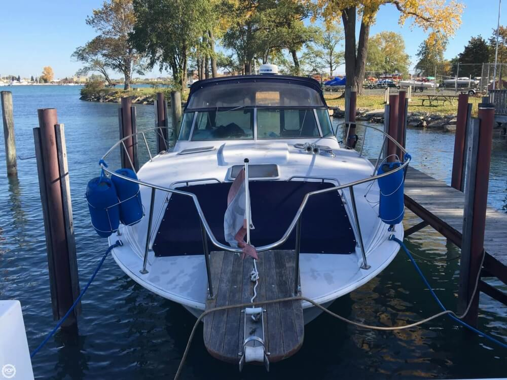 1988 Larson boat for sale, model of the boat is Contempra DC-300 & Image # 18 of 40