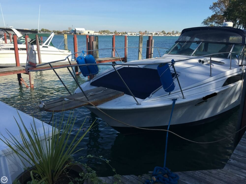 1988 Larson boat for sale, model of the boat is Contempra DC-300 & Image # 24 of 40