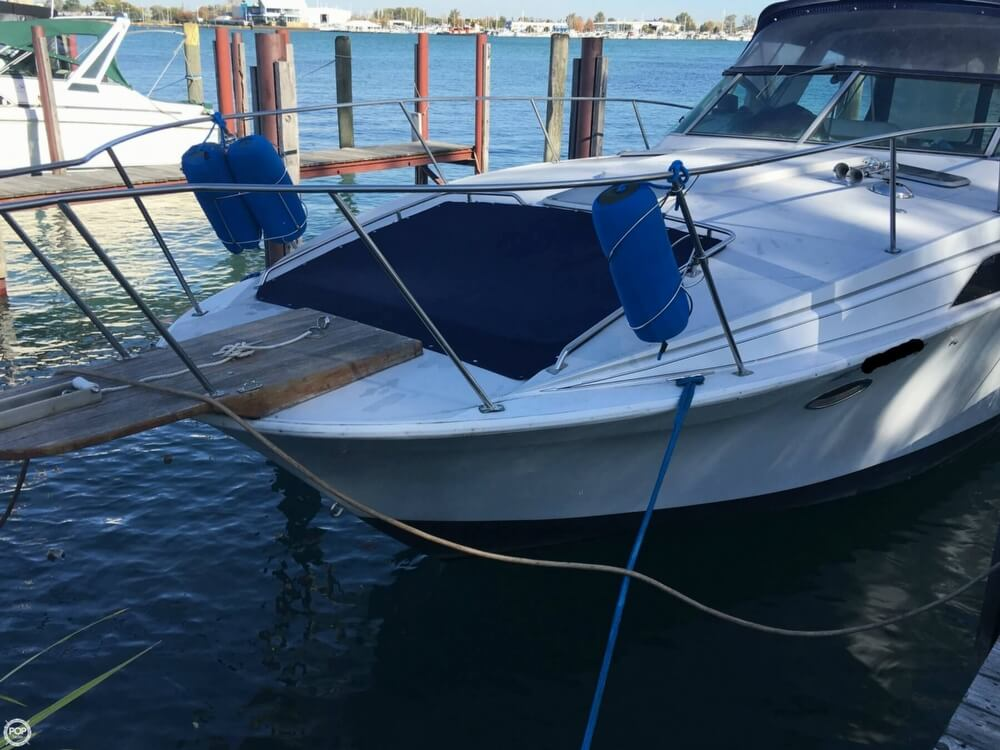 1988 Larson boat for sale, model of the boat is Contempra DC-300 & Image # 26 of 40