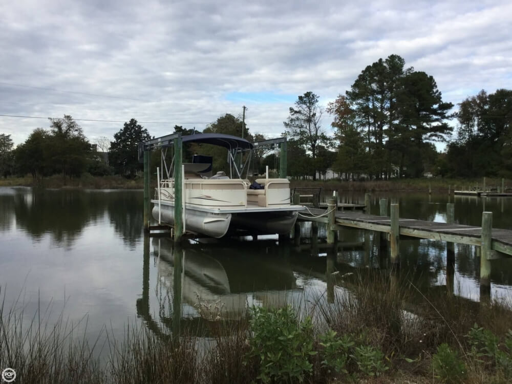 2008 Starcraft boat for sale, model of the boat is Legacy 240 & Image # 4 of 40