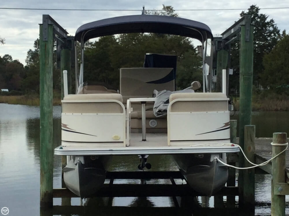2008 Starcraft boat for sale, model of the boat is Legacy 240 & Image # 7 of 40