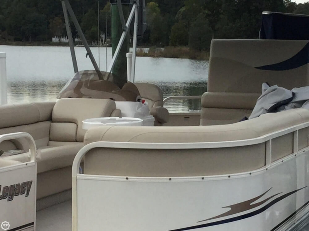 2008 Starcraft boat for sale, model of the boat is Legacy 240 & Image # 13 of 40