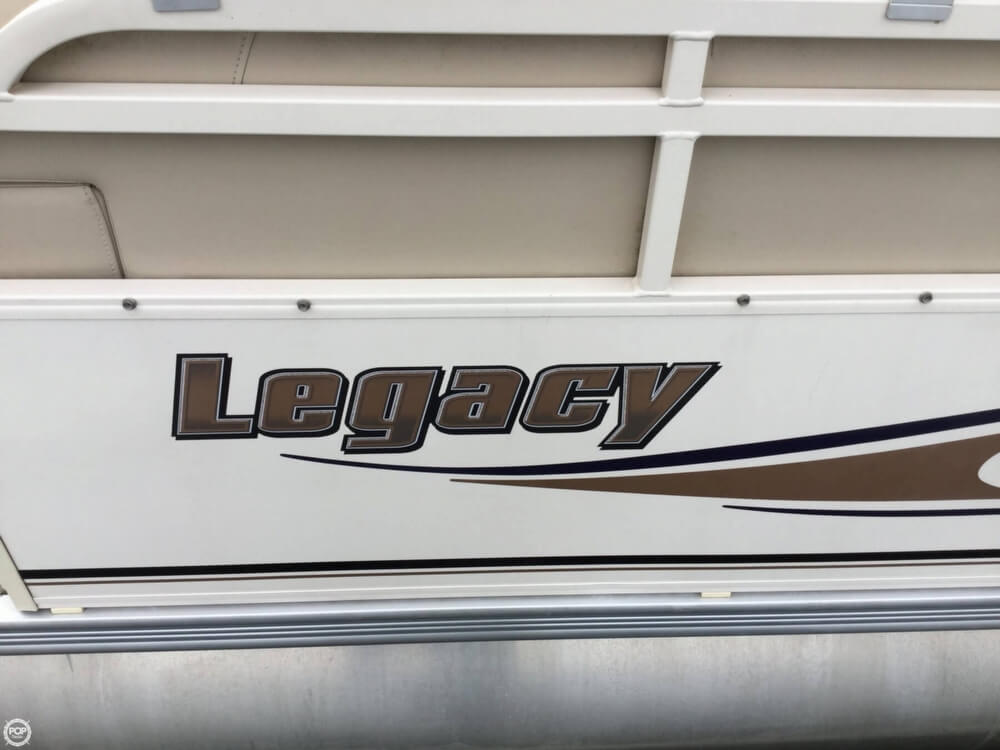 2008 Starcraft boat for sale, model of the boat is Legacy 240 & Image # 15 of 40
