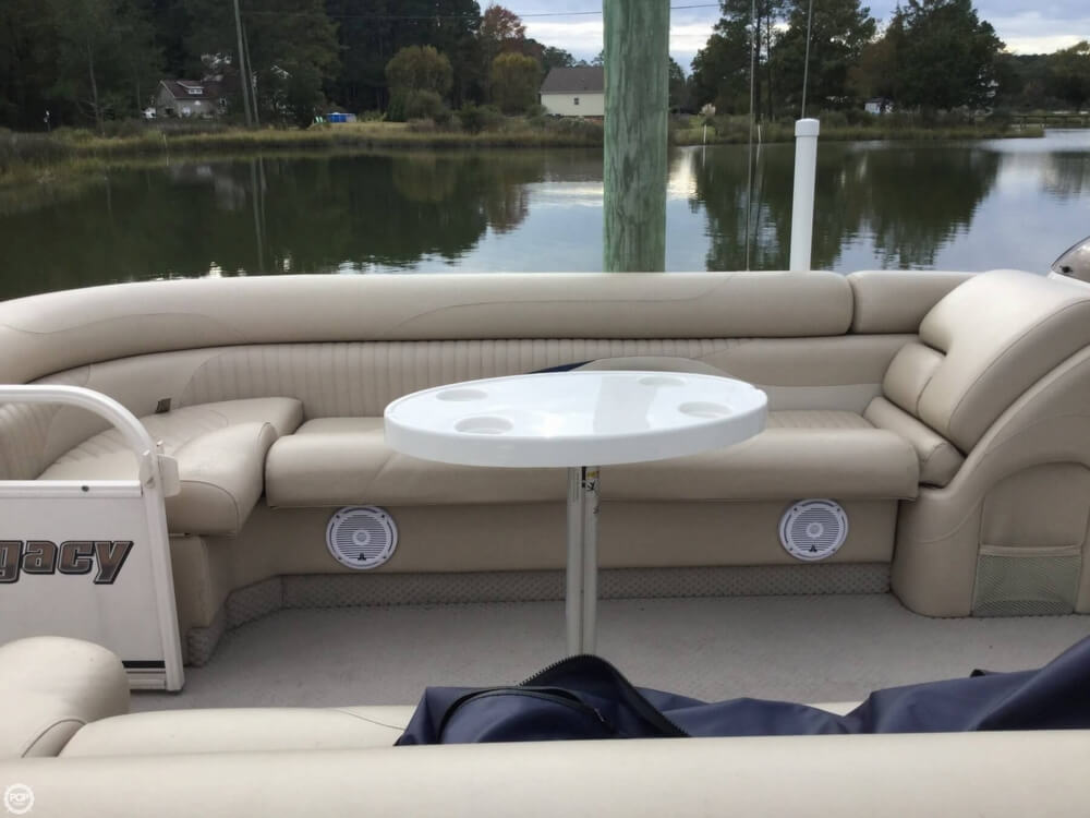 2008 Starcraft boat for sale, model of the boat is Legacy 240 & Image # 18 of 40