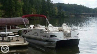 Crest 25, 25', for sale - $24,500