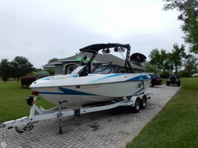 Malibu Axis T22, 21', for sale - $78,900