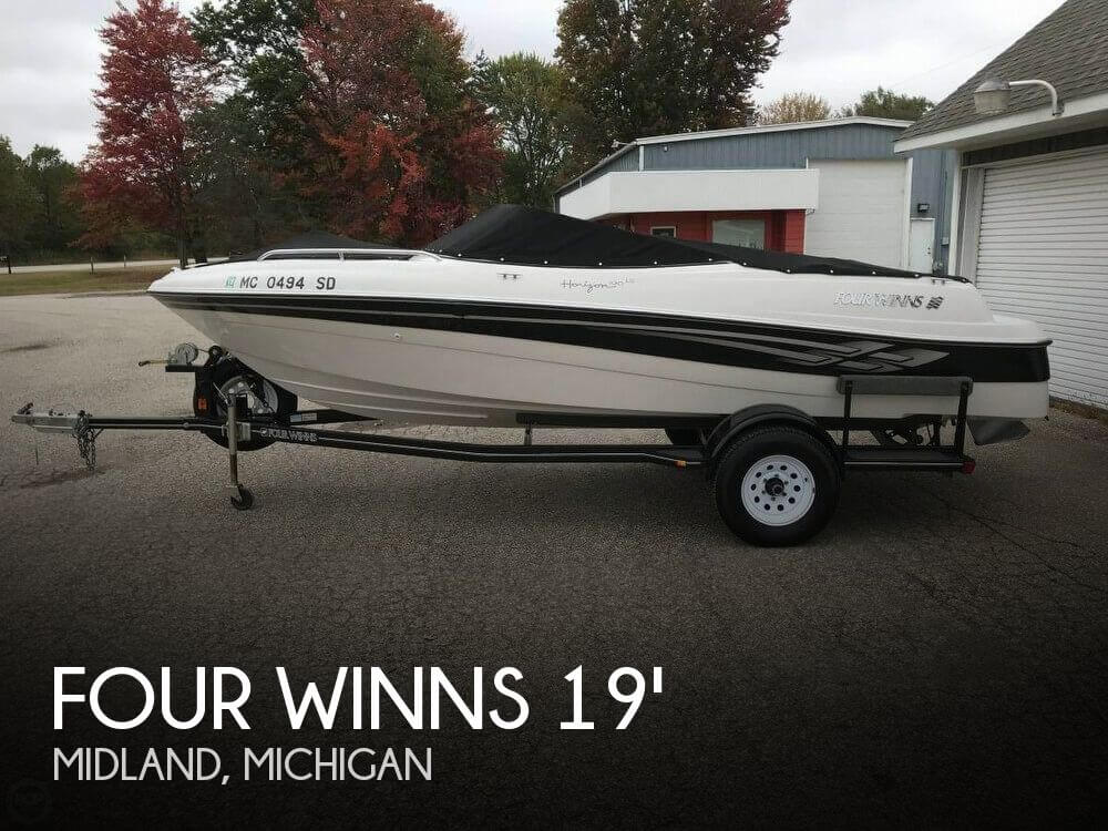Used Four Winns Boats For Sale in Michigan by owner | 2001 Four Winns 19