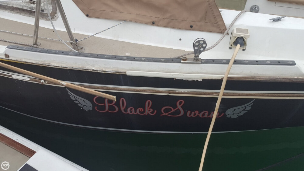 1976 Cal Jensen boat for sale, model of the boat is 27 & Image # 36 of 40
