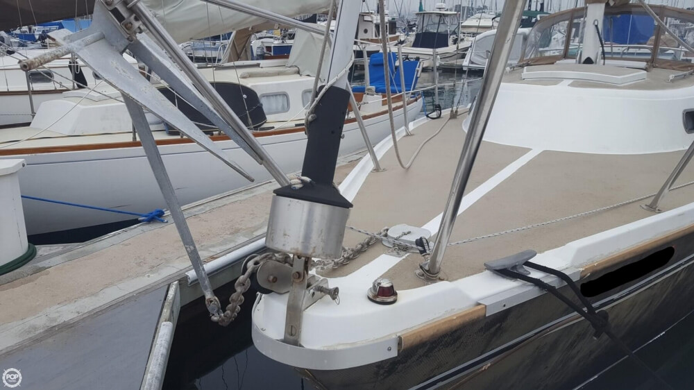 1976 Cal Jensen boat for sale, model of the boat is 27 & Image # 3 of 40
