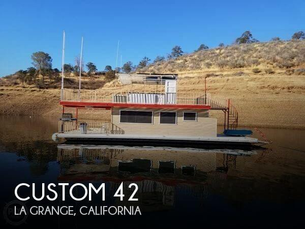 Used Custom Houseboats For Sale by owner | 1972 Custom 42