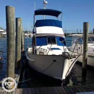Island Gypsy 32 Sedan, 32', for sale - $75,000