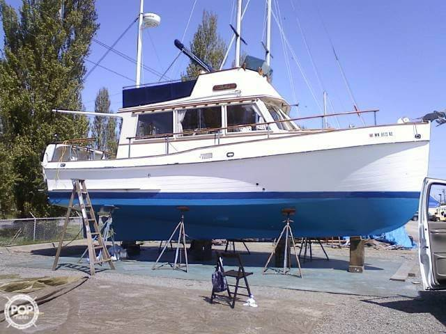 Banks For Sale >> Used 1968 Grand Banks 32 For Sale