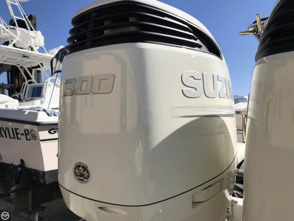 2002 Scarab boat for sale, model of the boat is 35 Sport & Image # 13 of 40