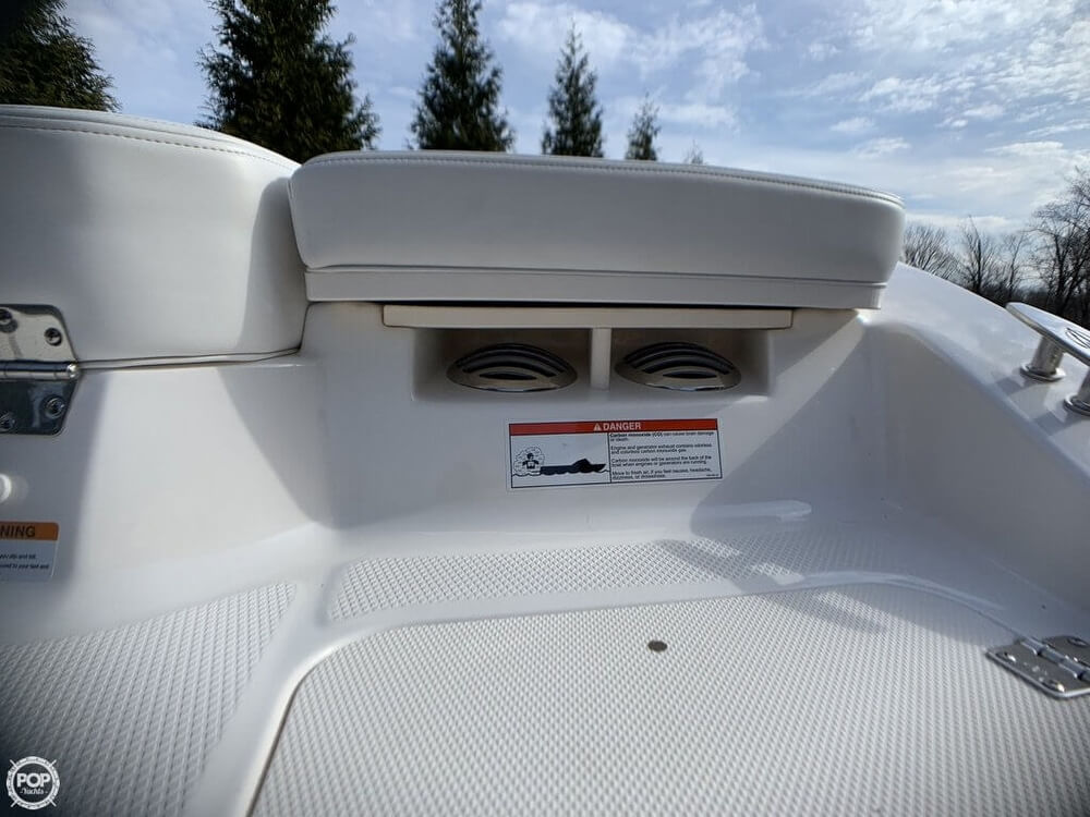 2017 Chaparral boat for sale, model of the boat is 19 H2O Sport & Image # 14 of 41