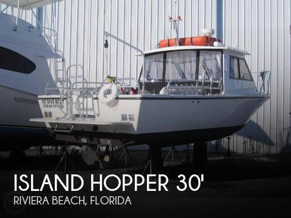 Used Boats For Sale in Port St. Lucie, Florida by owner | 2011 Island Hopper 30
