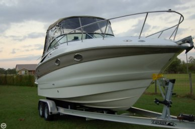 Crownline 250, 27', for sale - $29,970