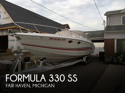 Used Boats For Sale in Flint, Michigan by owner | 2005 Formula 33