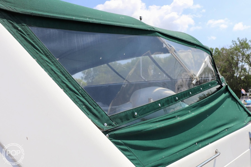 1990 Sea Ray boat for sale, model of the boat is 420 Sundancer & Image # 11 of 40