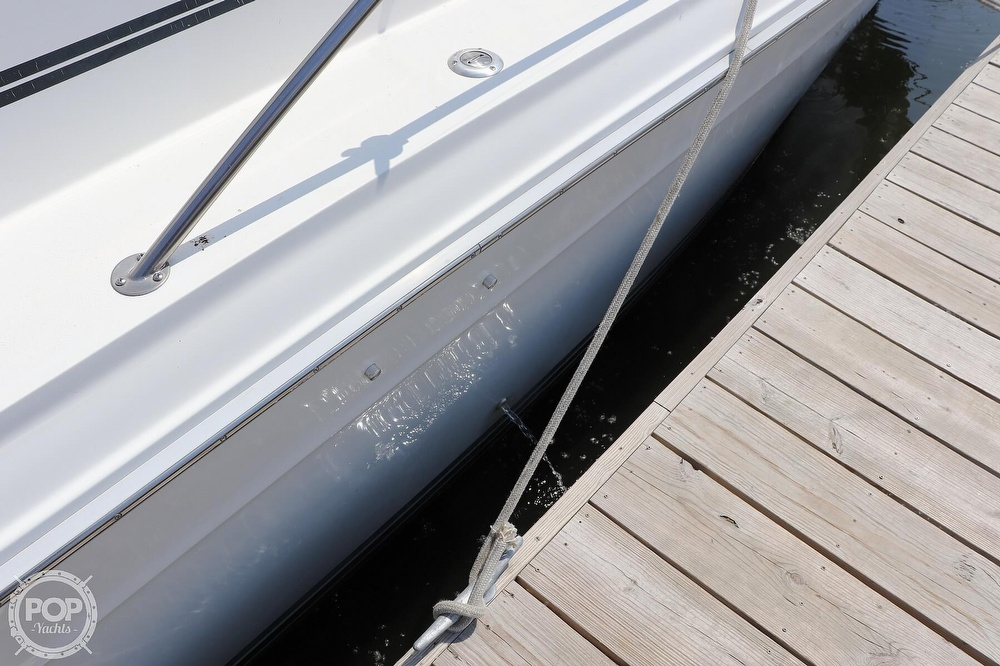 1990 Sea Ray boat for sale, model of the boat is 420 Sundancer & Image # 12 of 40